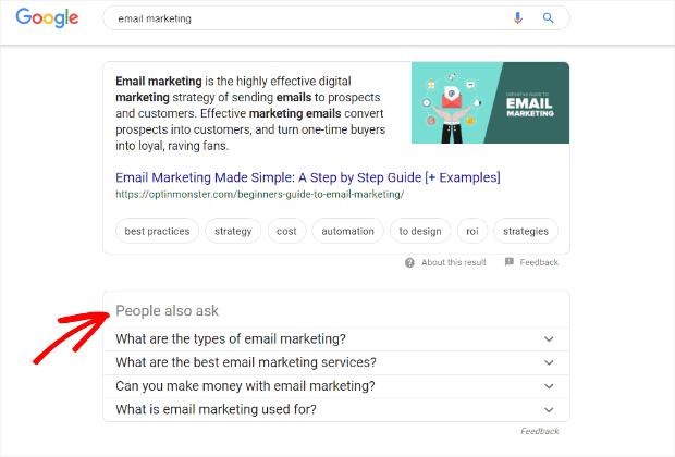 Google recommend các topic liên quan đến keyword người dùng search